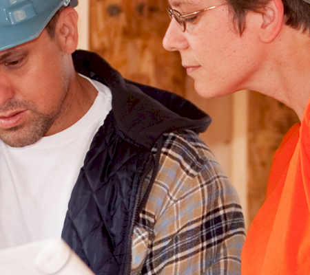 How to Safely Manage Contractors and External Workers